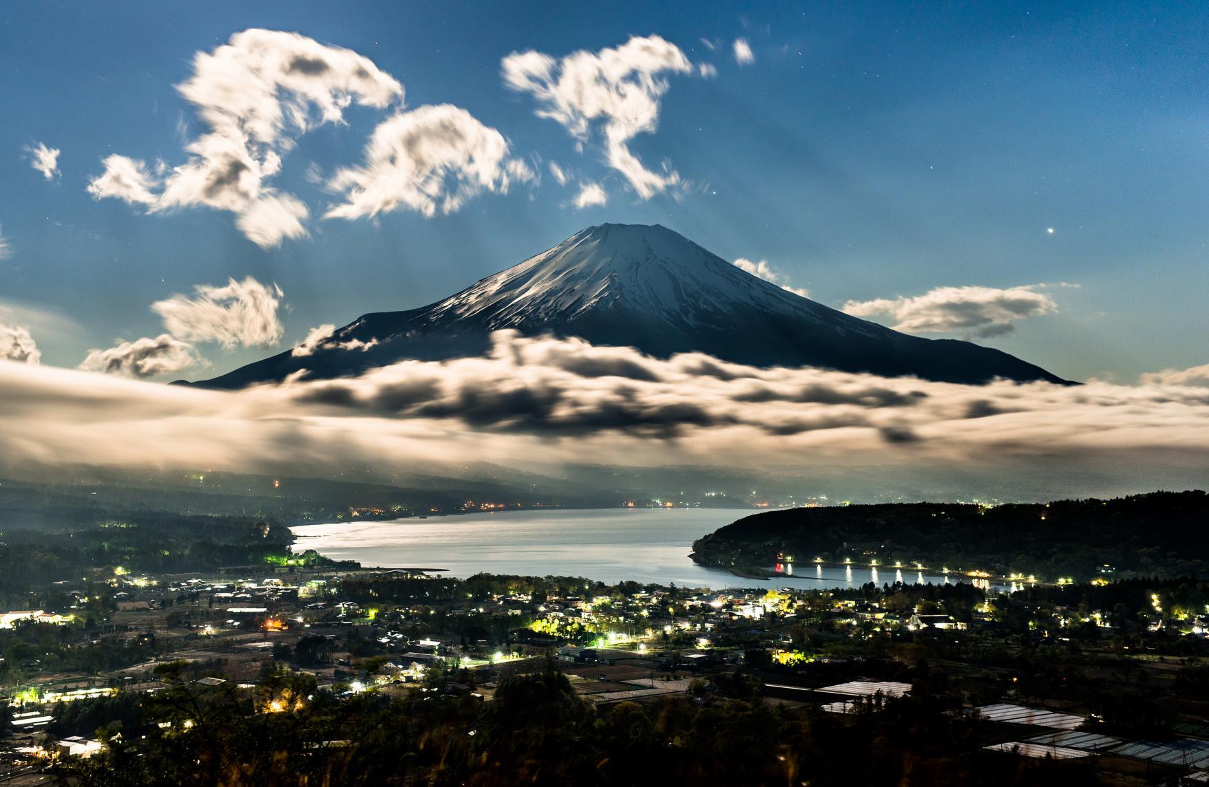 Lake Yamanakako, the closest lake to Mt.Fuji