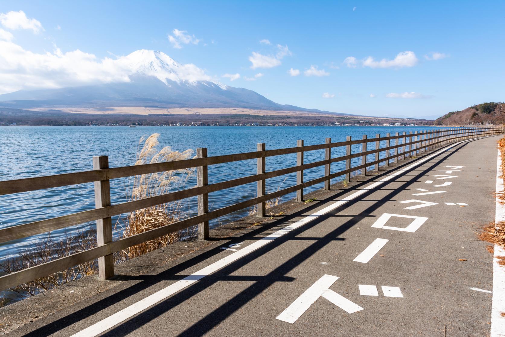 大自然に囲まれた山中湖でサイクリングを楽しもう!-0