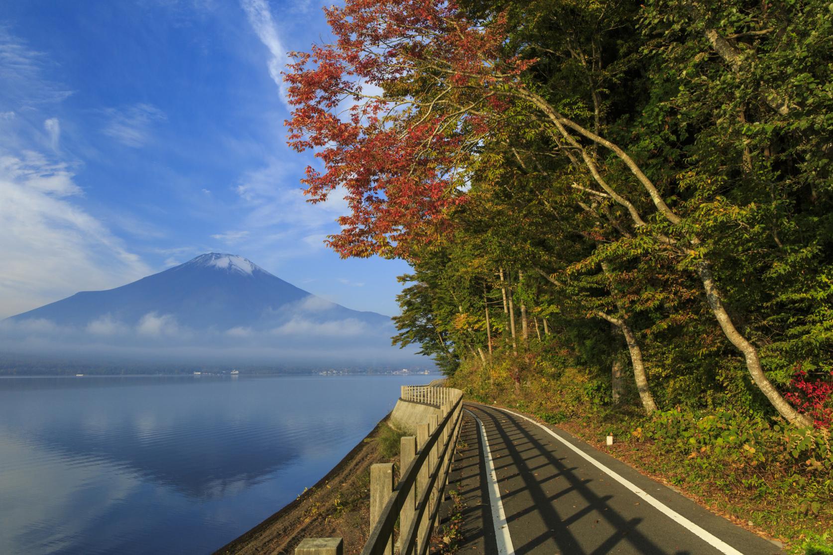 大自然に囲まれた山中湖でサイクリングを楽しもう!-1