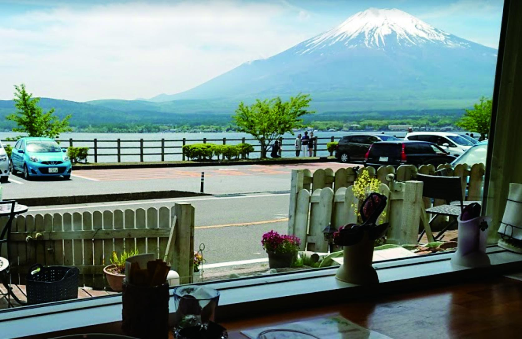 There are many fashionable cafes and restaurants in Yamanakako!-3