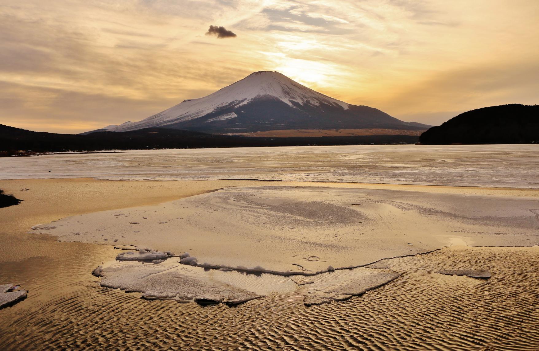 平野湖畔-2