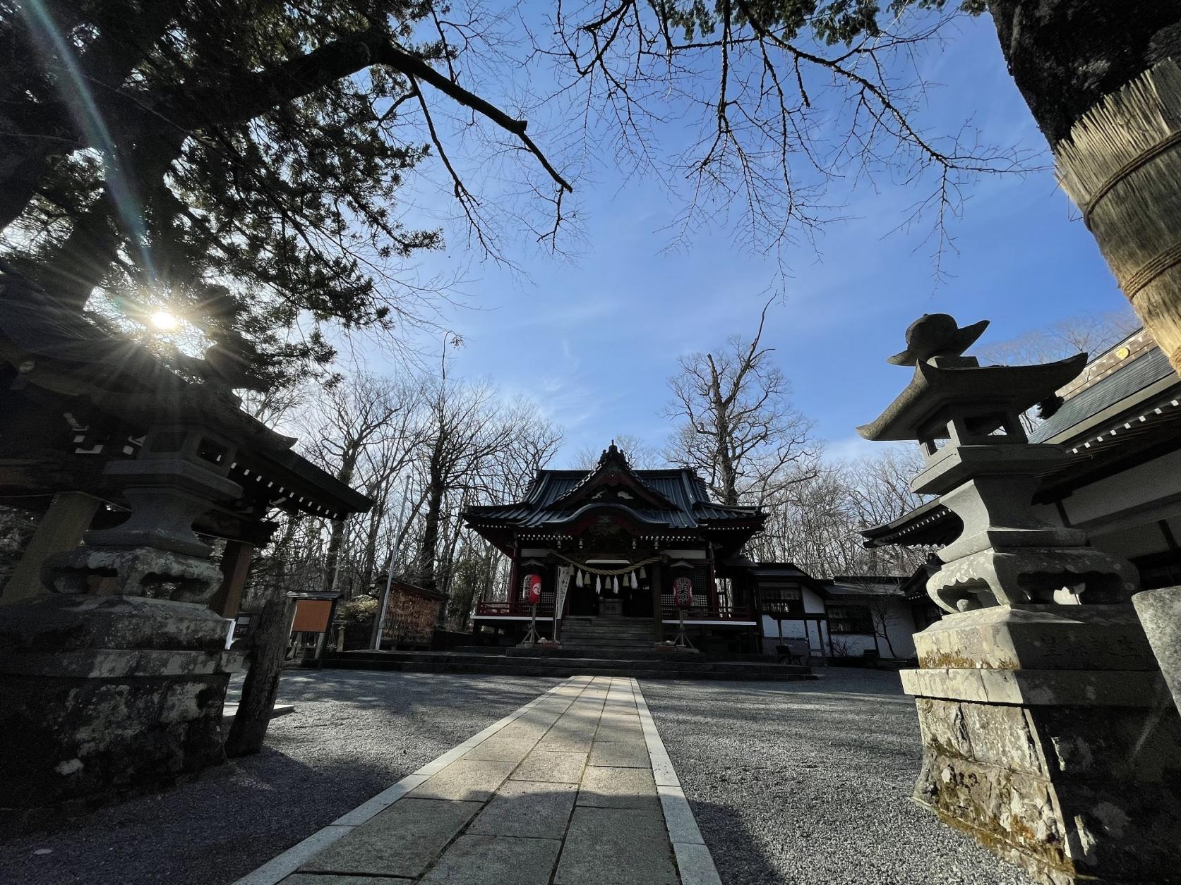 Yamanaka Suwa Jinja (Shrine)-1